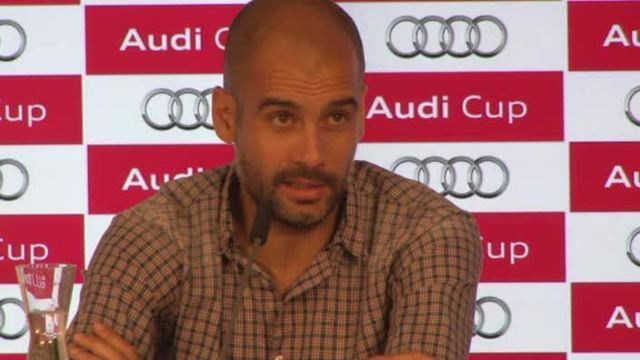 Bayerns Coach Pep Guardiola bei der PK des Audi-Cups (Screenshot: Omnisport)