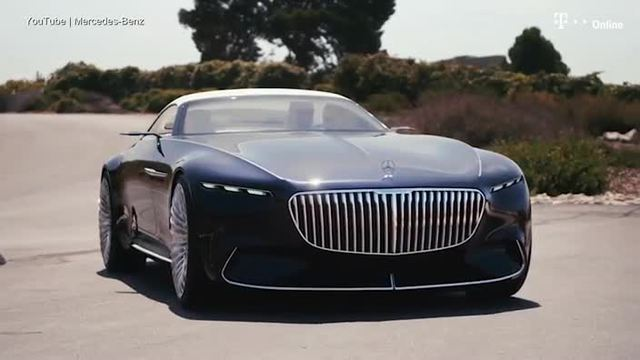 Für die diesjährige Ausgabe des Auto-Schönheitswettbewerbs in Pebble Beach hat Mercedes die Sportwagenstudie Maybach 6 als Cabriolet aufgelegt. (Screenshot: Mercedes-Benz)